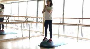 Приседания на босу: работающие мышцы и техника выполнения