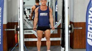 Становая тяга со штангой на прямых ногах: работающие мышцы и техника выполнения