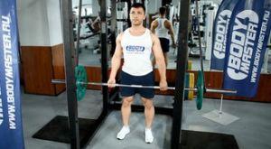 Становая тяга в силовой раме с использованием эспандеров: работающие мышцы и техника выполнения
