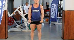 Подъем штанги на бицепс стоя обратным хватом: работающие мышцы и техника выполнения