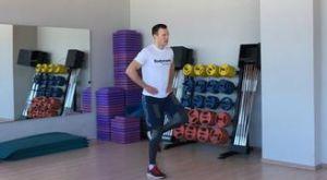 Выпады с проходкой с собственным весом: работающие мышцы и техника выполнения