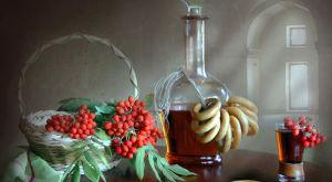 Настойка из черноплодной и красной рябины на водке