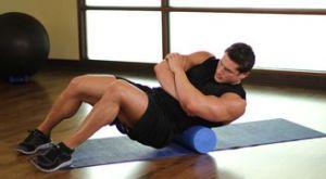Растяжка широчайших мышц спины при помощи валика: работающие мышцы и техника выполнения