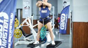 Приседания с отягощением: работающие мышцы и техника выполнения