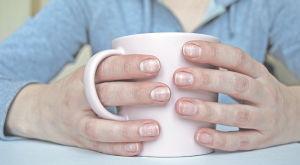Белые пятна на ногтях — что это означает, причины появления