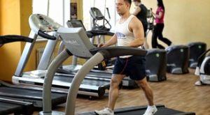 Тренировка на беговой дорожке: работающие мышцы и техника выполнения