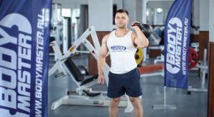 Жим гири одной рукой: работающие мышцы и техника выполнения